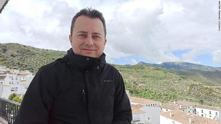 "Zahara de la Sierra's Mayor Santiago Galván acted on the same day that Spain's ""state of alarm"" came into force."