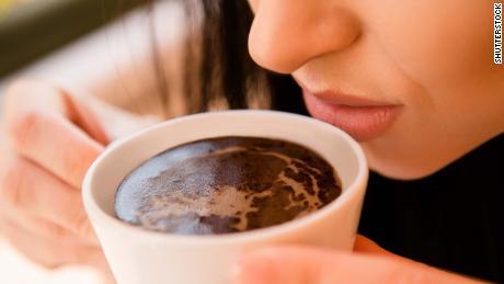 Coronavirus odor loss: how to test your sense