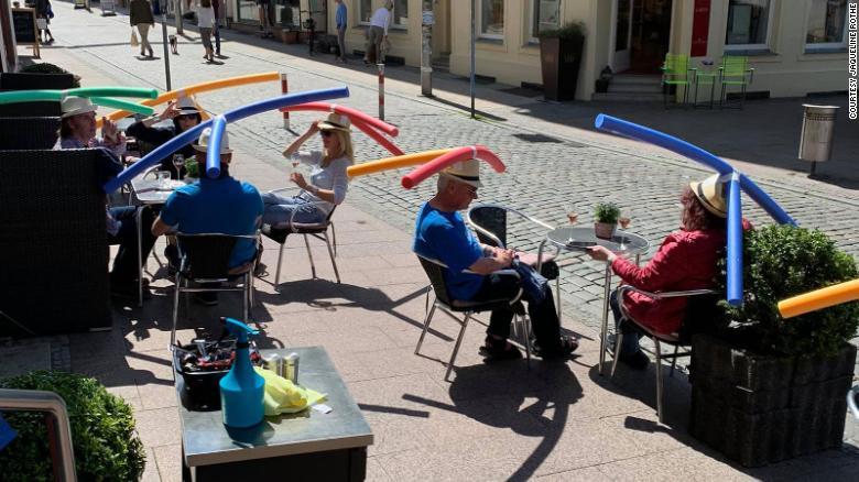 Cafe Rotheは、ドイツがコロナウイルスの封鎖措置を解除した後、最近再開した。