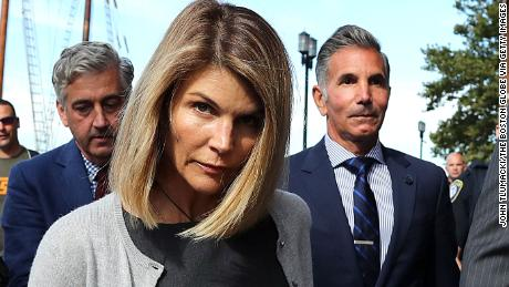 Lori Laughlin and Mosimo Giannulli agree to plead guilty in college admissions scam