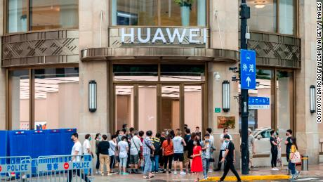 New sanctions include fatal blow & # 39;  For Huawei.  China forbids America from bullying