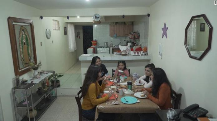 The Jiménez family and friends at home.
