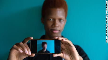 BACE API ยืนยันตัวตนของผู้ใช้แบบเรียลไทม์โดยใช้กล้องโทรศัพท์หรือเว็บแคม