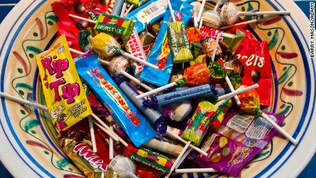 Trick-or-treating is banned in Los Angeles due to coronovirus exposure