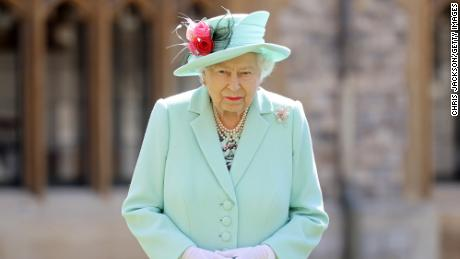 The Queen's real estate portfolio is being criticized by the epidemic.  Taxpayers will bail him out