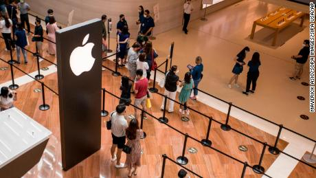 The iPhone 12 comes with 5G.  But not everyone will pay attention