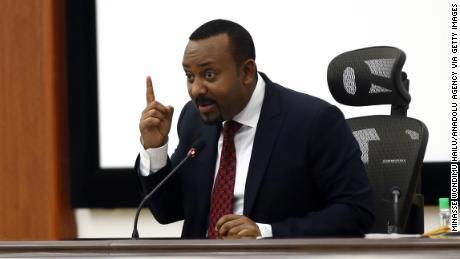 ผู้นำรางวัลโนเบลของเอธิโอเปียสาบานว่าจะเผชิญหน้าทางทหาร & # 39;  กับภูมิภาคพักผ่อน