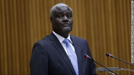Moussa Faki Mahamat ประธานคณะกรรมาธิการสหภาพแอฟริกาในภาพเมื่อเดือนกุมภาพันธ์ 2020