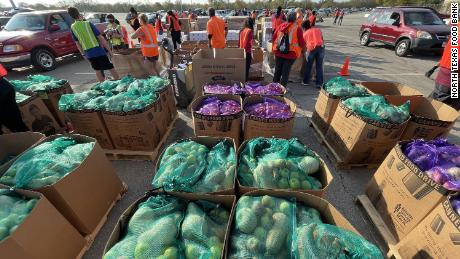The North Texas Food Bank distributed more than 600,000 pounds of food at its November 14 event.