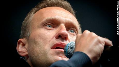 Russian opposition leader Alexey Navalny reveals to the detective how he was poisoned