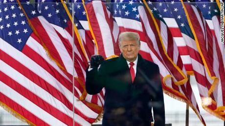 Impeach Donald Trump — again