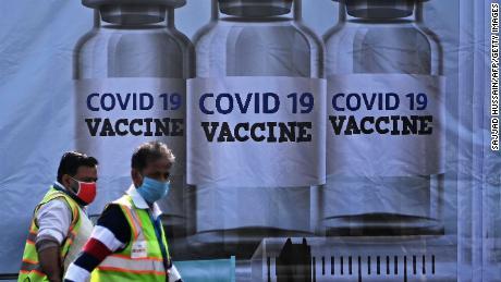 Here's how some of the major coronavirus vaccines work