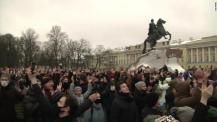 Russia protests: Hundreds detained as rallies in support of Navalny sweep  across Russia - CNN