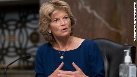 Mitch McConnell-aligned Super PAC backs Lisa Murkowski, setting up conflict with pro-Trump candidate