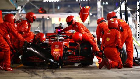 Vettel in the pits during Abu Dhabi  Grand Prix.