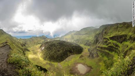 St. Vincent on red alert for 'imminent' volcanic eruption
