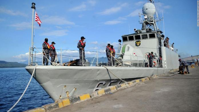 Missing Indonesian submarine believed sunk as debris is found, Navy says | Latest News Live | Find the all top headlines, breaking news for free online April 25, 2021