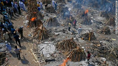 Burning funeral pyres of Covid-19 victims at a crematorium in India's capital on April 27.