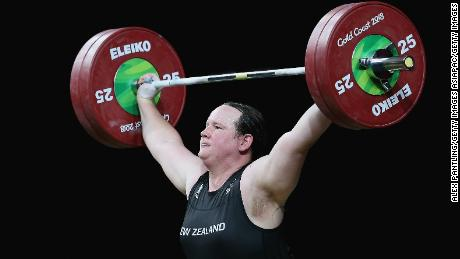 Weightlifter Laurel Hubbard poised to become first transgender Olympian -- report