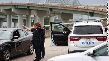 """Memphis Police block the entrance to the Hernando de Soto bridge after a """"structural crack' was found, closing all I-40 lanes over Mississippi River on Tuesday, May 11, 2021."""