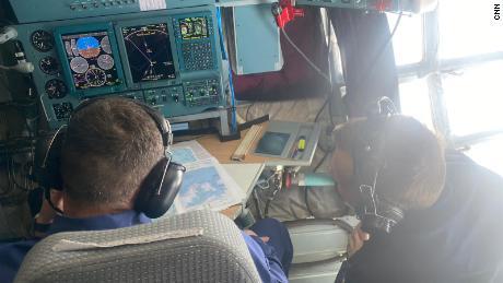 All'interno dell'area di navigazione dell'aereo cargo Ilyushin Il-76.