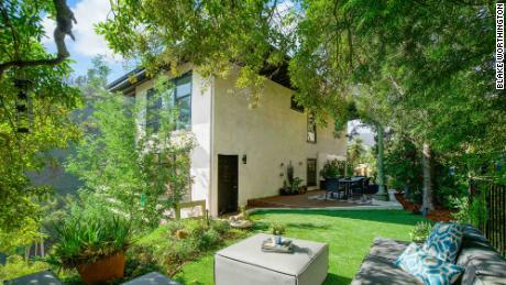 This home in Beverly Hills was listed at $1.599 million and received offers up to $1.8 million. But the sellers chose an all-cash offer at $1.705 million that could close in five days.