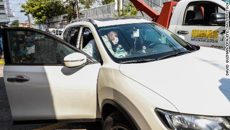 The vehicle which political candidate José Alberto Alonso Gutiérrez was traveling in during an armed attack.