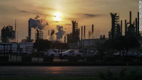 Undercover Exxon video reveals an anti-climate campaign