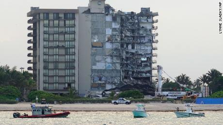 Documents shed new light on urgent conversations leading up to Surfside building collapse