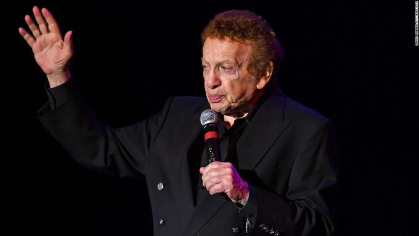 Legendary comedian Jackie Mason dies at 93