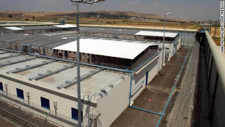 The exterior of Gilboa prison.