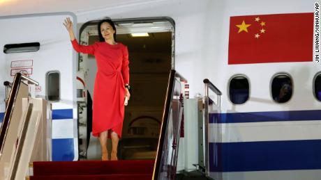 Freed from Canada, Huawei executive Meng Wanzhou hailed as hero upon return to China