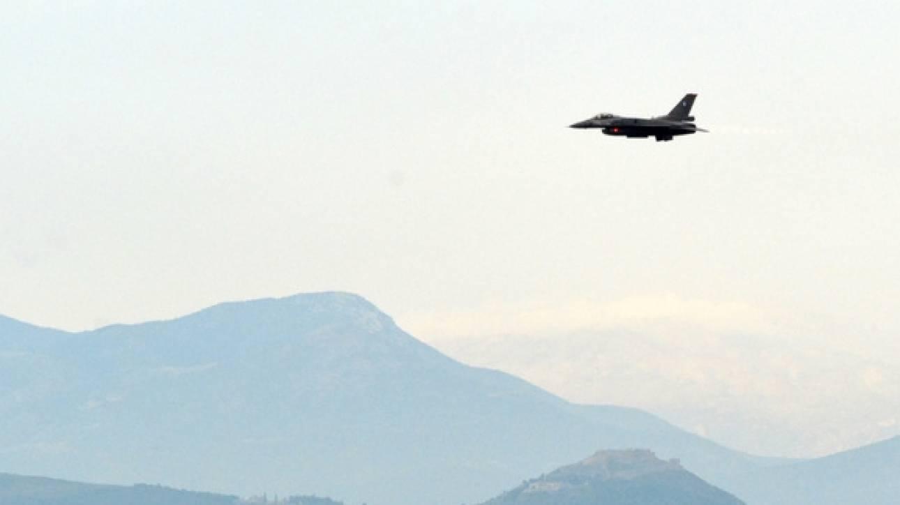 Τρεις παραβιάσεις και δέκα παραβάσεις από τουρκικά μαχητικά στο ελληνικό FIR