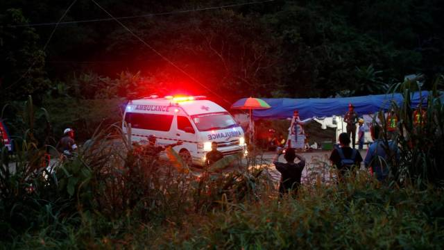 Αποτέλεσμα εικόνας για Ταϊλάνδη διασωση