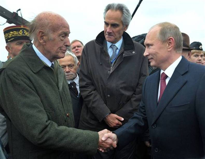 https://cdn.cnngreece.gr/media/news/2020/12/03/245358/photos/snapshot/valeri_ziskar_desten-4.jpg