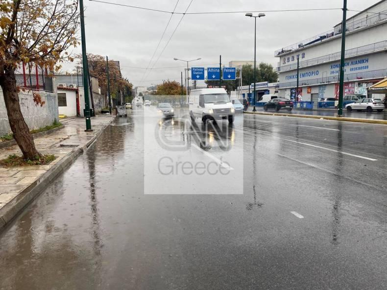 https://cdn.cnngreece.gr/media/news/2020/12/07/245881/photos/snapshot/vroxi-dromoi-7.jpg