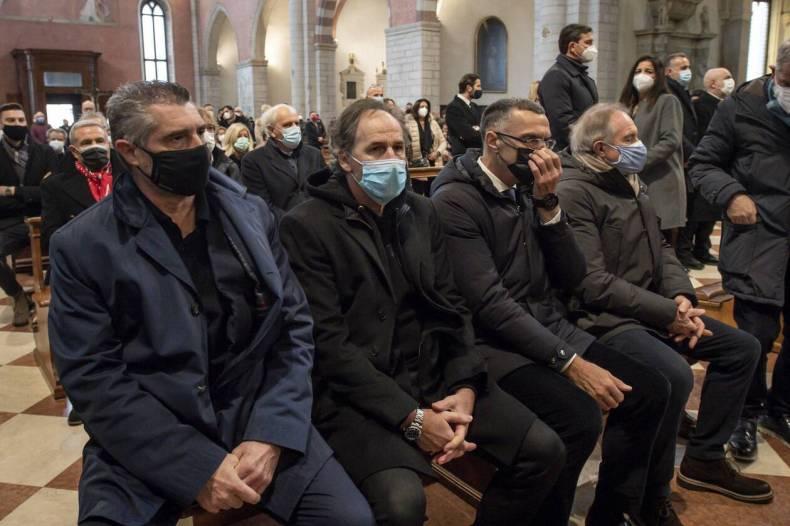 https://cdn.cnngreece.gr/media/news/2020/12/13/246663/photos/snapshot/paolo_rosi-4.jpg