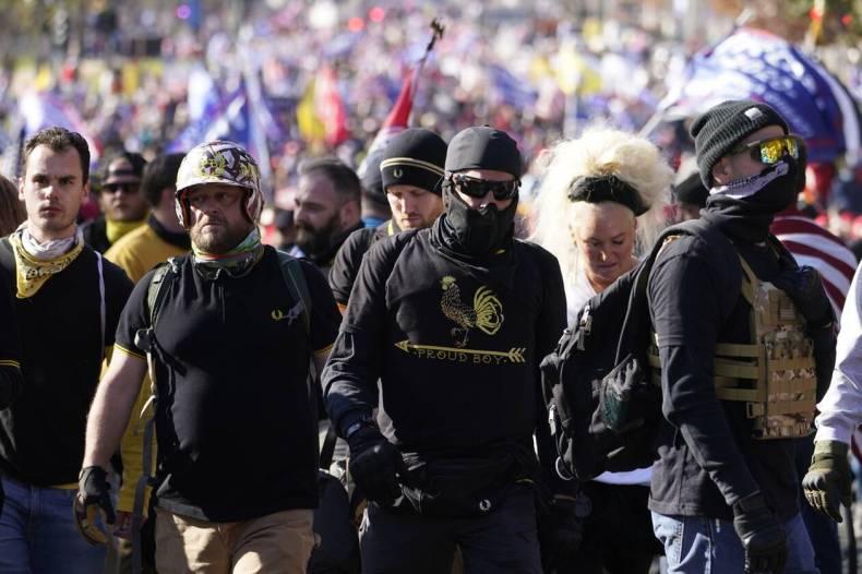 https://cdn.cnngreece.gr/media/news/2020/12/13/246669/photos/snapshot/hpa_diadiloseis_trump-2.jpg