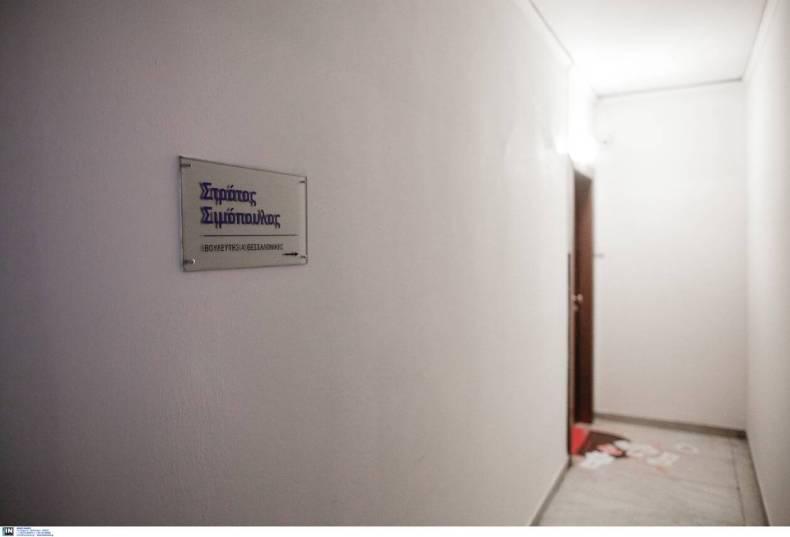 https://cdn.cnngreece.gr/media/news/2020/12/30/248741/photos/snapshot/simopoulos-6.jpg