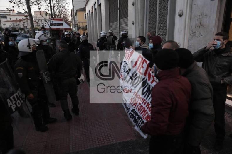 https://cdn.cnngreece.gr/media/news/2021/01/19/251188/photos/snapshot/60070132e30b5.jpg