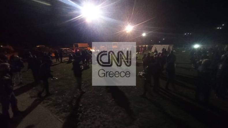 https://cdn.cnngreece.gr/media/news/2021/03/04/256763/photos/snapshot/seismos-elassona-2-82.jpg