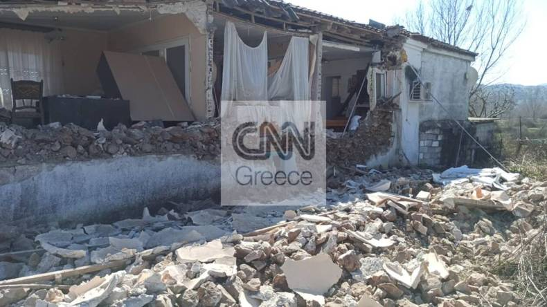 https://cdn.cnngreece.gr/media/news/2021/03/05/257063/photos/snapshot/seismos-mesochori-10.jpg