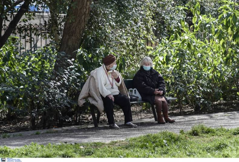 https://cdn.cnngreece.gr/media/news/2021/03/06/257123/photos/snapshot/athinaioi_parka-4.jpg