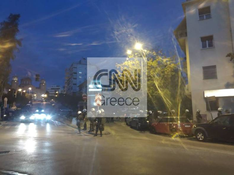 https://cdn.cnngreece.gr/media/news/2021/03/08/257300/photos/snapshot/nea-smyrni-1158087944_261961168875080_2530892664672644909_n.jpg