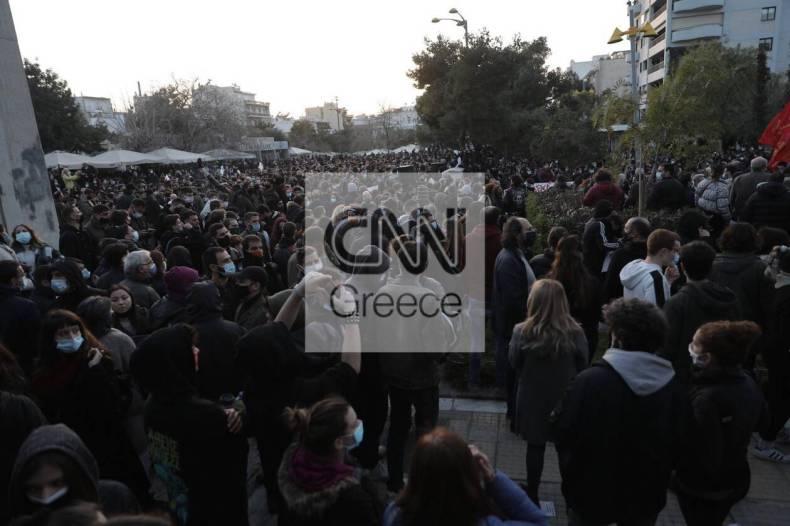https://cdn.cnngreece.gr/media/news/2021/03/09/257552/photos/snapshot/nea-smyrni-8-1.jpg