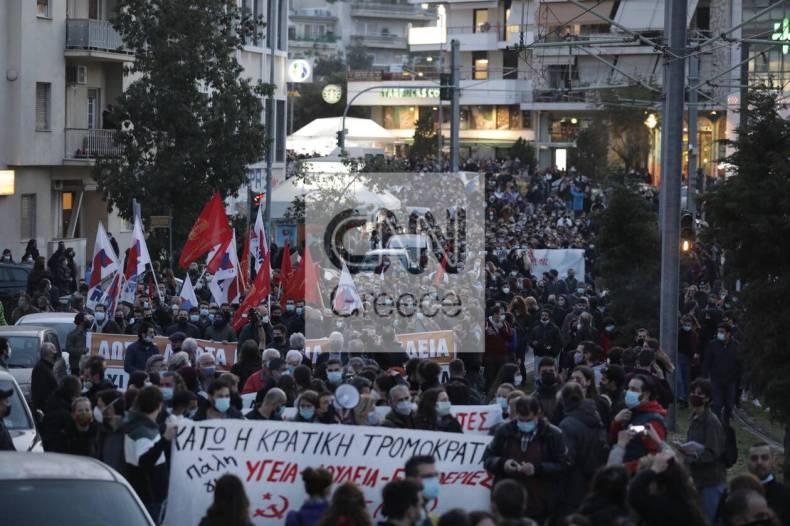 https://cdn.cnngreece.gr/media/news/2021/03/09/257580/photos/snapshot/nea-smyrni-11.jpg