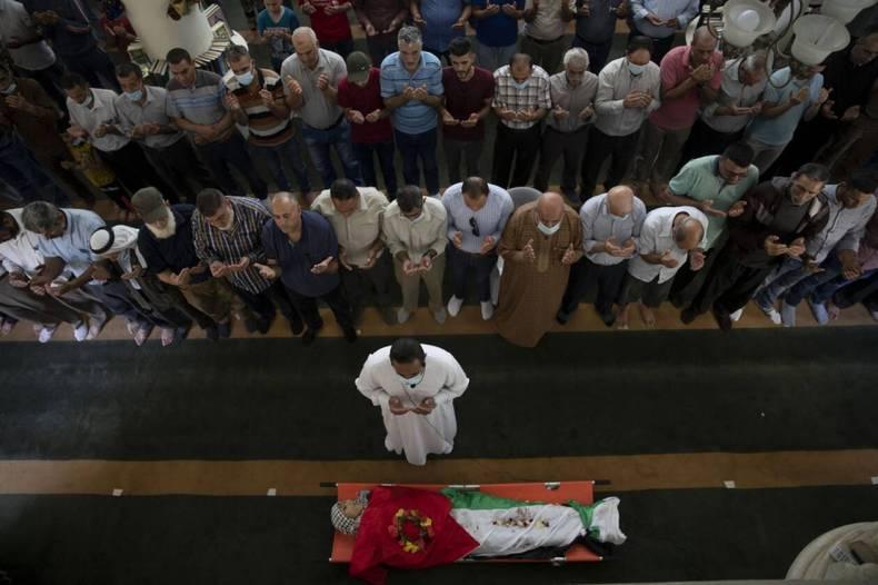 https://cdn.cnngreece.gr/media/news/2021/05/12/265622/photos/snapshot/gaza-israhl-6-65.jpg