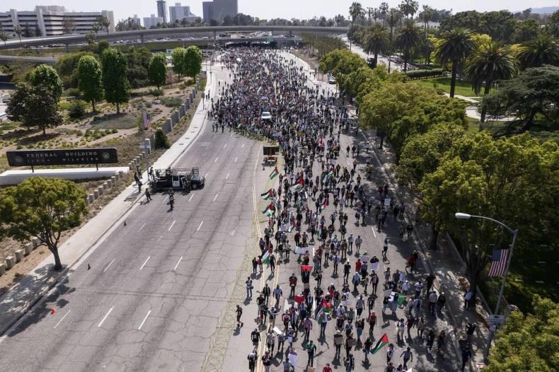 https://cdn.cnngreece.gr/media/news/2021/05/16/266059/photos/snapshot/diadilosi_los_angeles.jpg