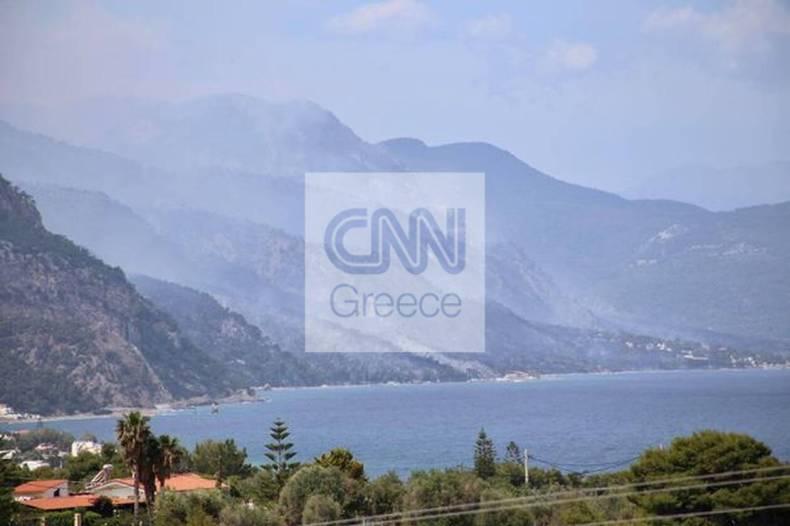 https://cdn.cnngreece.gr/media/news/2021/05/20/266633/photos/snapshot/fotia-sxino-1.jpg