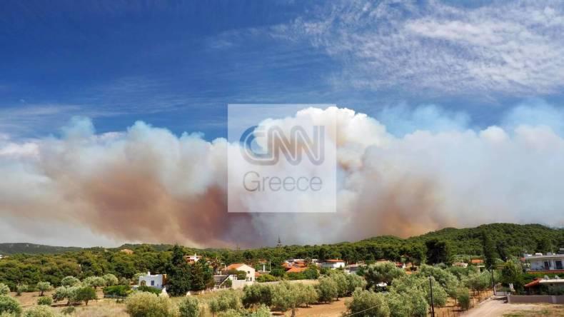 https://cdn.cnngreece.gr/media/news/2021/05/20/266726/photos/snapshot/fotia-sxinos-2.jpg